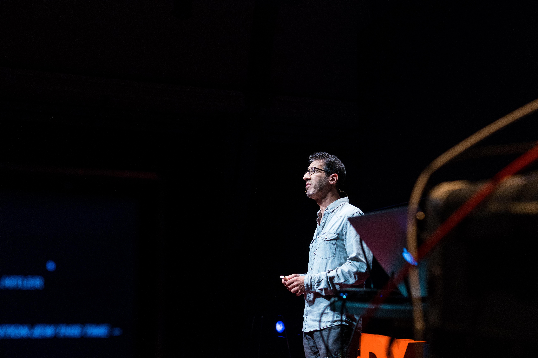 A TEDx talk by Eitan - Eitan-Chitayat - Natie Branding Agency
